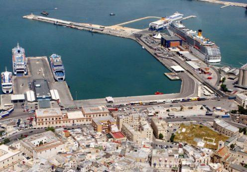порт Бари