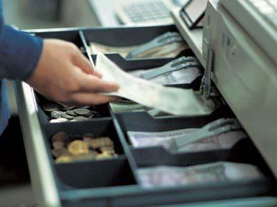 Одесским предпринимателям: должен ли продавец возместить убытки после кражи в магазине?
