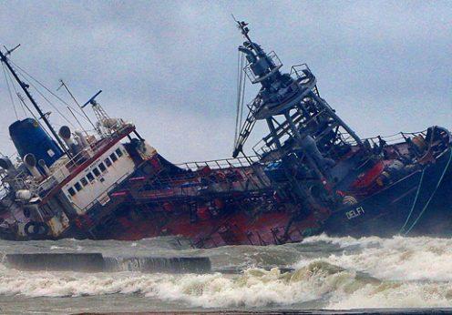 Капитану затонувшего в Одессе танкера сообщили о подозрении
