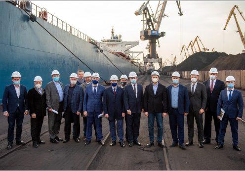"""Порт """"Южный"""" посетил министр инфраструктуры Владислав Криклий"""