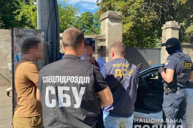 В Одессе военный прокурор попался на взятке