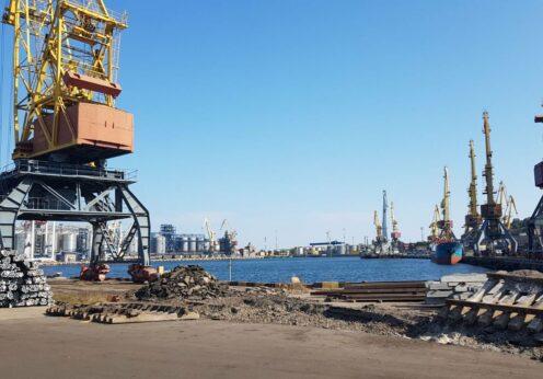 Порт Рени почти вдвое сократил грузооборот