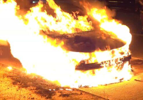 В Одессе загорелся автомобиль