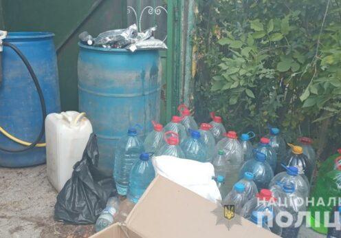 В Одесской области мужчина производил алкоголь у себя в гараже